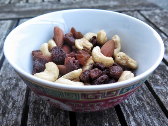 Unsalted nuts and raisins