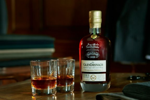 The GlenDronach Kingsman Edition 1991 Vintage serve